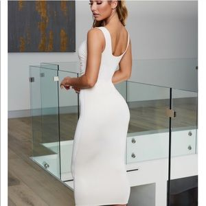 Plunging Midi Dress in Oyster White ✨